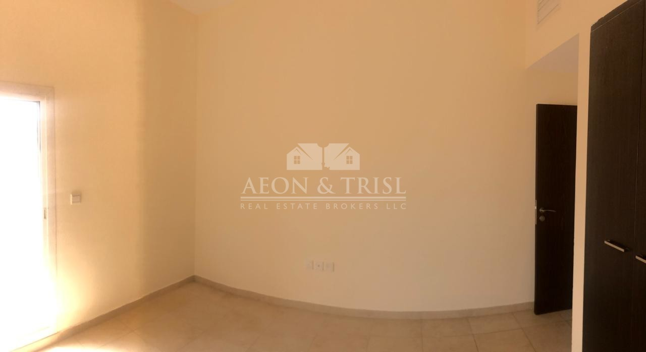Great location| Well Maintained Bright Comfortable 1 bedroom| al Thamam 47 Remraam|