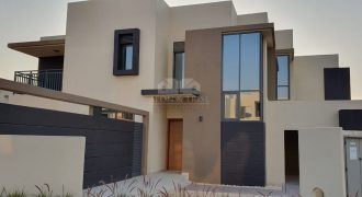 Brand New Semi Detached End Unit Townhouse with a large corner plot