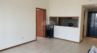 Elegant 1 Bed | Unfurnished and Clean | Lake View