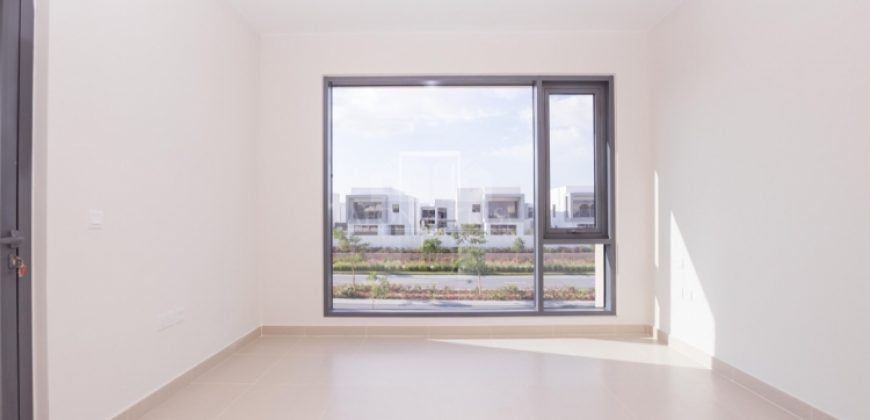 Spacious, Huge 4 Bedroom, Close to Park