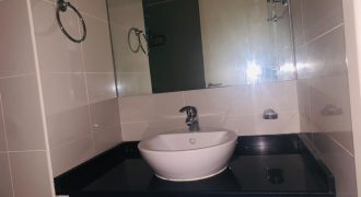1 Bed with 2 Bath |Well maintained |Best Amenities